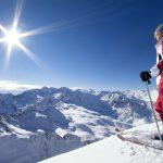 Катание на лыжах — увлекательное хобби для всей семьи