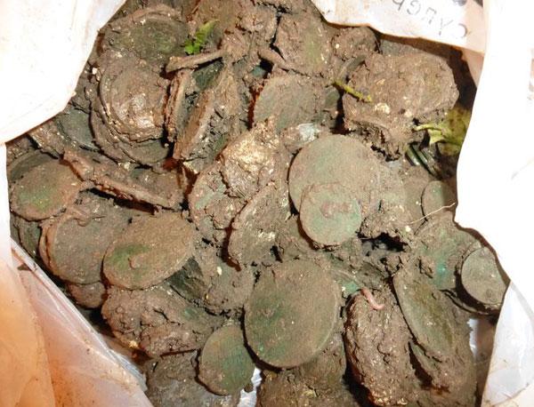 фото клада медных монет