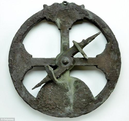 Старинная астролябия