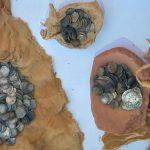 Клад из монет исламского и римского периодов найден в Египте